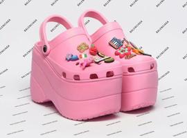 洞洞鞋Crocs复活了 重获北美青少年的喜爱