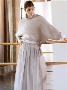 Peserico秋季新款时尚针织卫衣