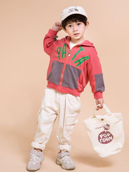 童裝品牌加盟什么牌子好?維尼叮當童裝是你的不二之選