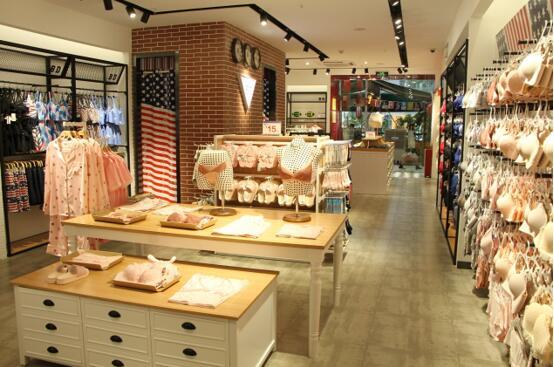 加盟BD美式内衣实体店如何吸引顾客?
