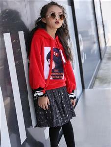 拉斐贝贝红色卫衣