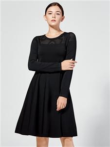 布伦圣丝新款圆领连衣裙