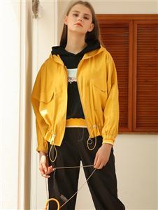 芊伊朵女装秋冬新款黄色外套