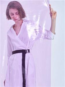 MEIILTHI白色连衣裙