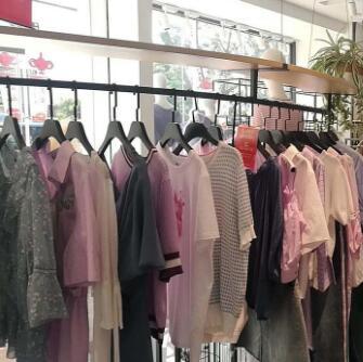 戈蔓婷女裝:教你女裝店服裝陳列的7個方法