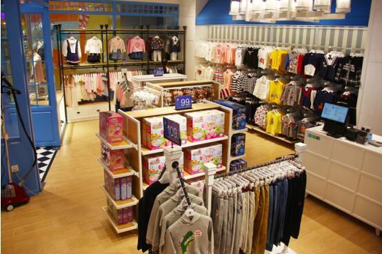 伊顿童装店如何合伙开店,店面如何装修?