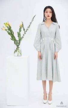 Remember夏季新款时尚连衣裙