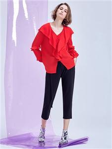 MT紅色褶皺襯衫