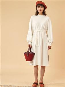 费依FAYFAYEE白色连衣裙