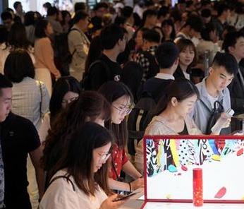 香港零售管理协会:吁商铺业主减租5成