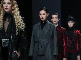 专访白马服装市场刘洁:赋能原创品?#21697;?#23637;