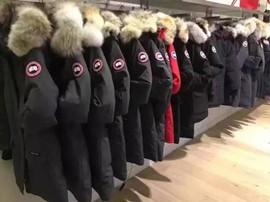 羽绒服单价提升 时尚单品频现 助力行业发展