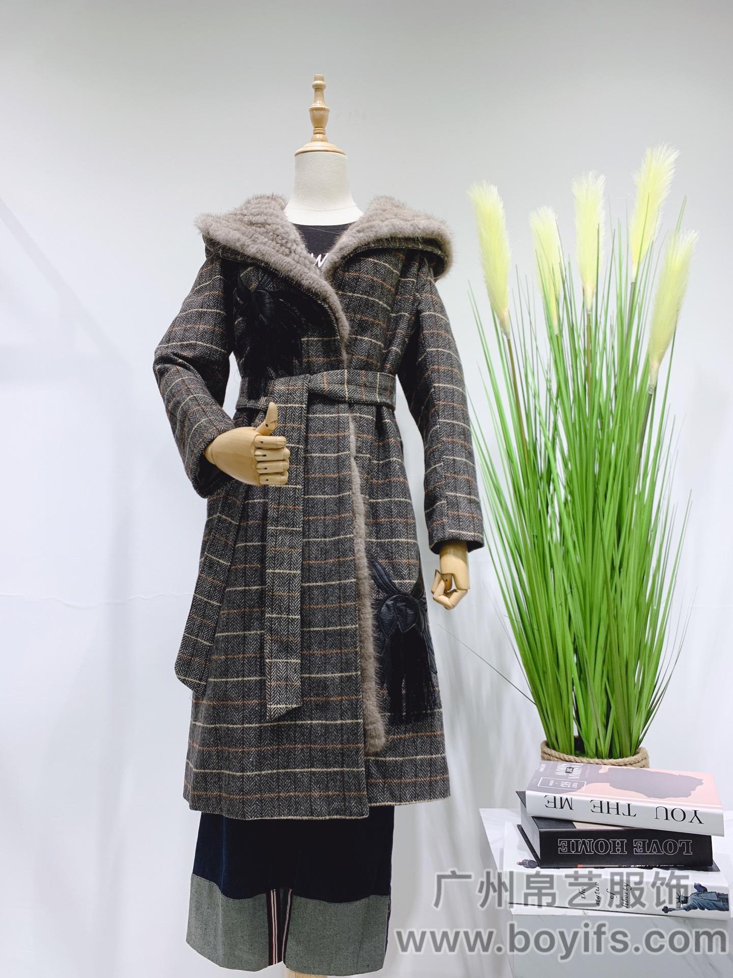 粗紡羊絨大衣19年秋裝,帛藝服飾品牌貨源折扣批發