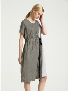摩米图收腰连衣裙