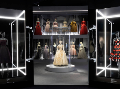Dior伦敦特展落幕,累计售出近60万张门票