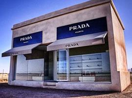 穿Prada的蔡徐坤,能否治好Prada的病?