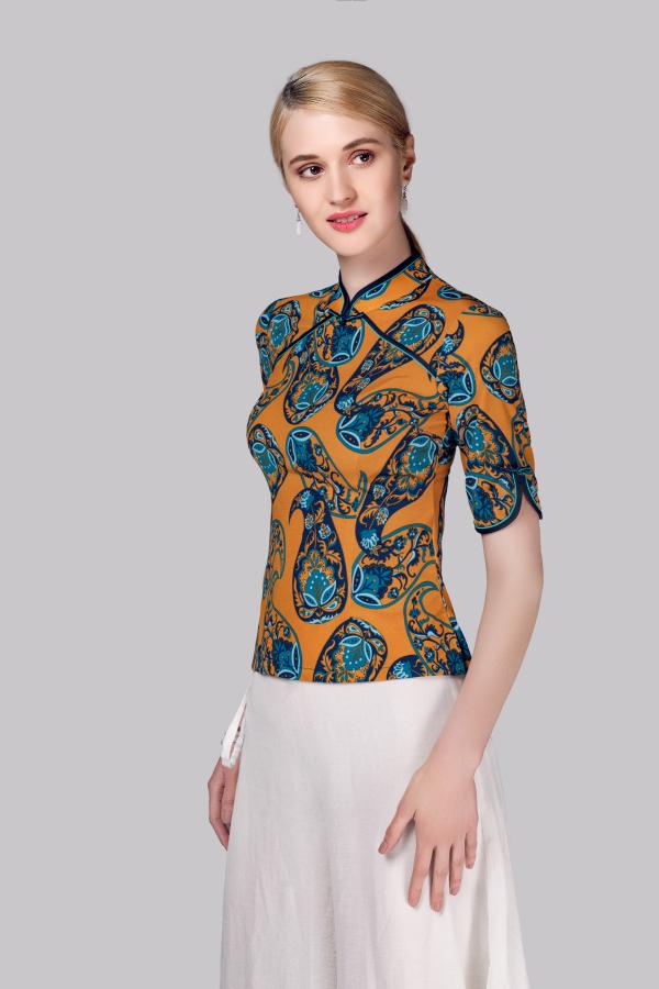 中国风女装穿搭 素罗依用传统塑造潮流