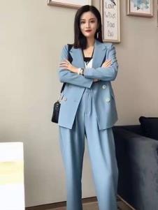 碧成萱女装2019秋冬新款西装
