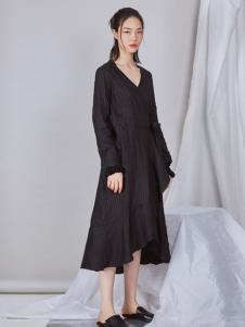 尼角2019秋冬新款裙子