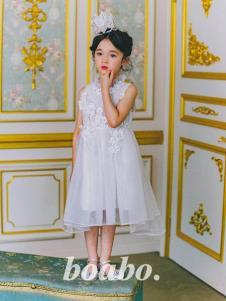 宝儿宝白色纱裙