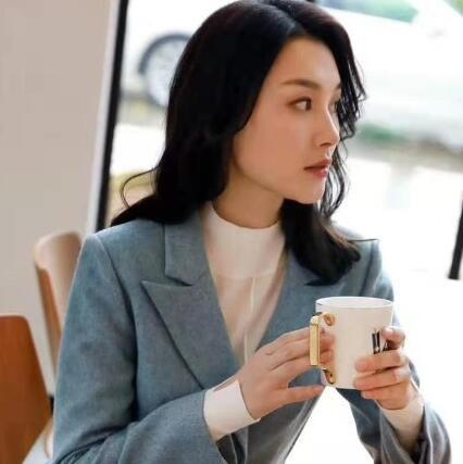 莱芙·艾迪儿LIFE·IDEA 2019秋季穿搭 时尚又优雅