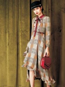 电影时装格子裙