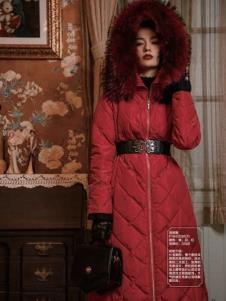 电影时装红色羽绒服