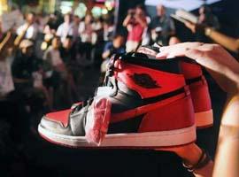 莫雷事件煽动了炒鞋行业 令整个NBA受损