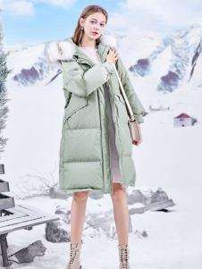 春美多綠色羽絨服