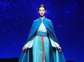 汉服成文化产业新时尚 也成服装行业增长迅猛一个分支