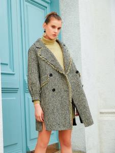 衣艾2019冬女装新款风衣