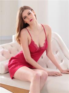 杜妮芬2019新品内衣紫红色吊带睡衣