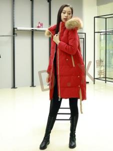 殿秀2019冬季羽絨服上新紅色
