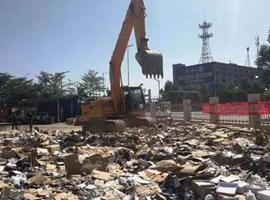 广州销毁假鞋,服装等逾15.7吨侵权商品