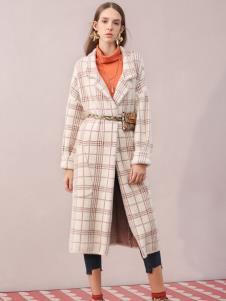 百图2019女装新款大衣
