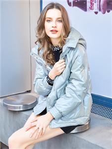 金蝶茜妮新款时尚气质羽绒服