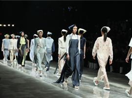 赵卉洲:从传统文化出发做设计 寻觅穿衣的简约风