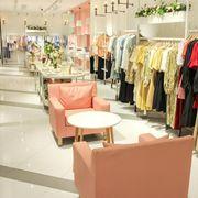 有哪些人適合開女裝實體店呢?37度生活美學給您介紹開女裝店必備條件!