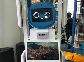 迪卡侬人工智能盘点机器人进博会首发 明年将推广至全国
