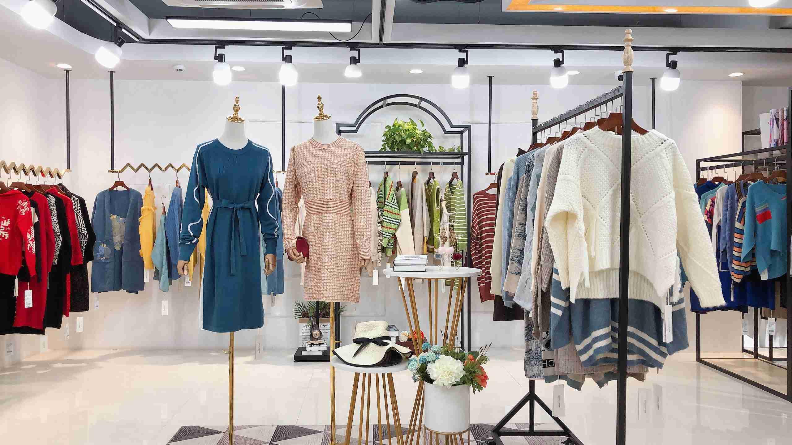 森塔斯毛衣冬装19新款女装品牌折扣拿货渠道
