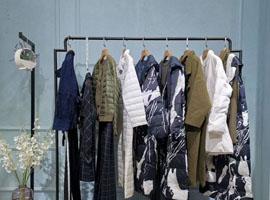 """郑州服装行业被""""偷走""""的那十年"""