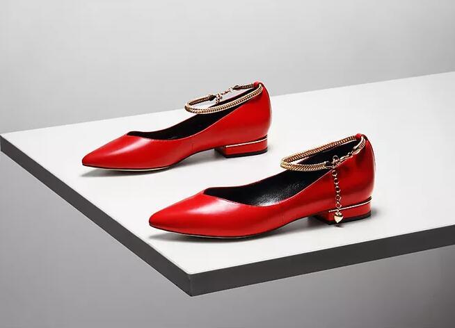鞋业加盟前景如何?迪欧摩尼女鞋品牌优势尽显