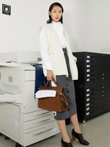 玛丝菲尔女装玛丝菲尔冬季新款皮草白色