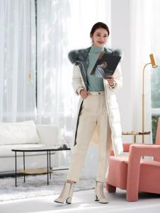 芭蒂娜女装2019新款羽绒服