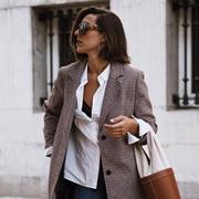 秋冬想要气场全开,必备时尚又高级的丹比奴大地色包包