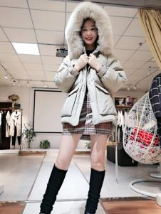 雨珊女裝新款小版羽絨服