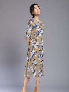 千桐女装冬季新款连衣裙