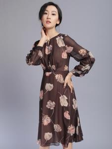 千桐女装冬季新款印花连衣裙
