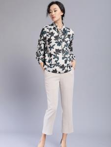 千桐女装冬季新款印花衬衫