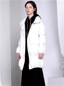 FANKAI梵凯新款白色羽绒服